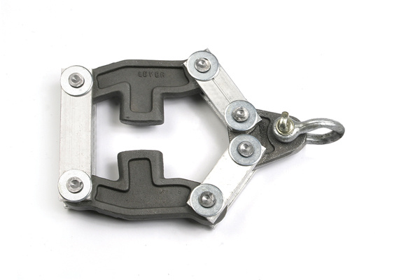 Style 3 Belt Clamp Scissor Yoke.